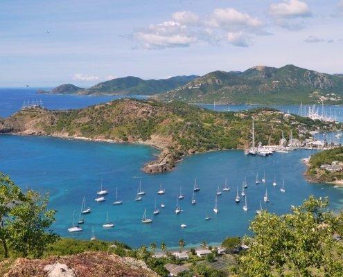 vacanze in barca a vela ai caraibi con skipper antigua panorama