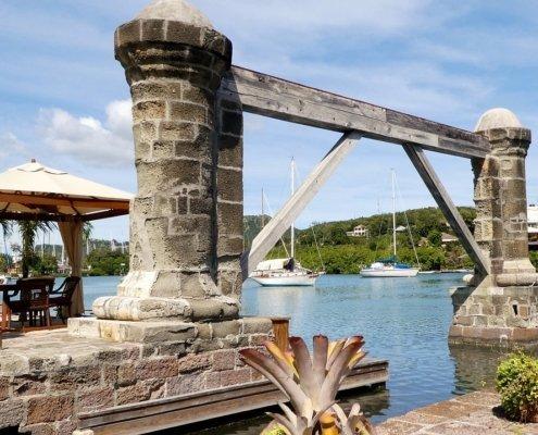 vacanze in barca a vela ai caraibi con skipper antigua english harbour