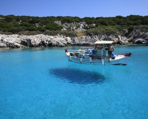 vacanze in barca a vela con skipper in grecia isole sporadi